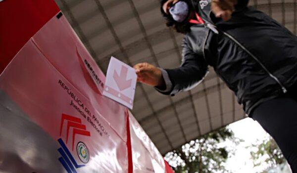 Más de 4,6 millones de paraguayos llamados a las urnas para elegir intendentes